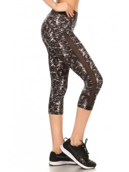 Abstract Printed, High Waisted Cropped Workout  Leggings In A Fit Style, With An Elastic Waistband And Mesh Panel.